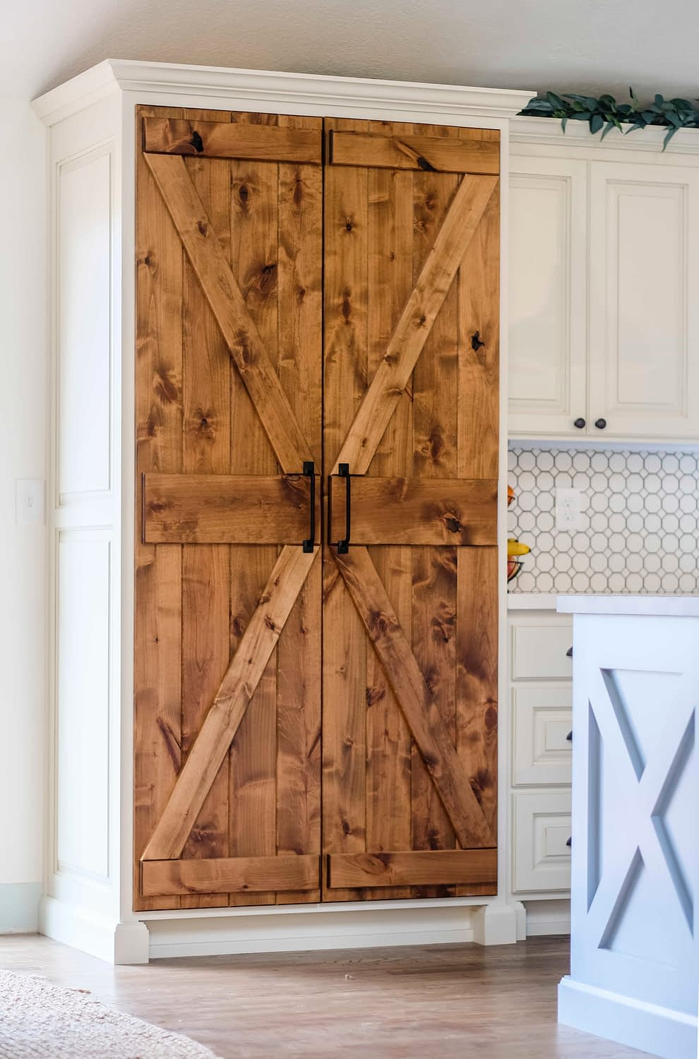 Rustic pantry barn doors for a kitchen on a budget